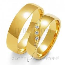 Obrączki żółtego złota z kamieniami - złoty skorpion