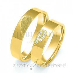Obrączki z żółtego złota z kamieniami Serce - złoty skorpion