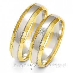 Obrączki z białego i żółtego złota z kamieniem - złoty skorpion