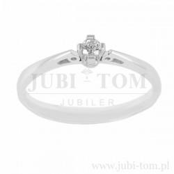 Księżniczkowy pierścionek z brylantem -0,10 ct